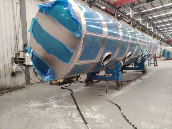 Aluminum Fuel Tanker Trailer for Sale Myanmar in Production