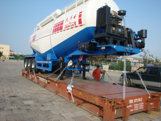 Shipping idea2: load complete unit bulk cement trailer or tanker trailer on the 40ft flat-rack container